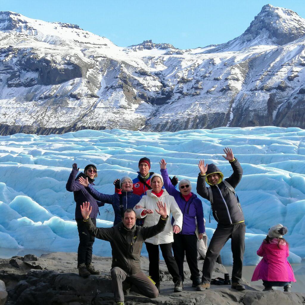 Aurore boreali islanda spettacolare foto di gruppo naturaviaggi 1024x1024 L Islanda davvero un posto magico
