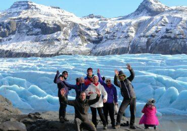 Aurore boreali islanda spettacolare foto di gruppo naturaviaggi 370x260 Viaggio in Islanda tra ghiaccio e fuoco aurore boreali e leggende