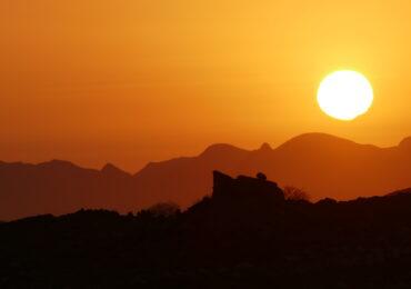 Namibia tramonto deserto kalahari naturaviaggi 370x260 Namibia Grand Tour nell 8217 Africa mistica