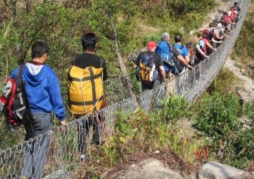 Nepal ponte tibetano naturaviaggi 370x260 Nepal