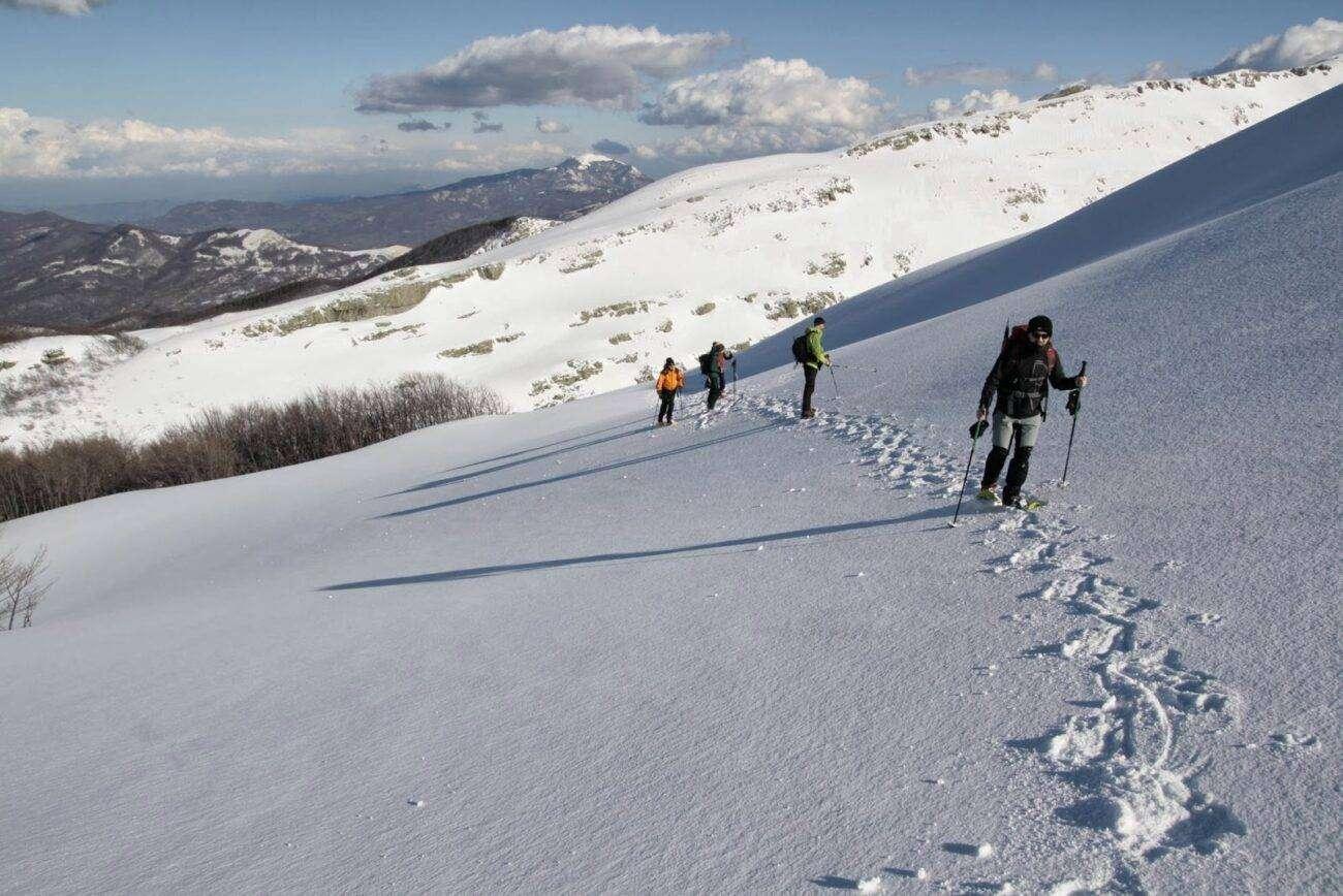 Ciaspolata monte matanna scaled Proposte escursioni giornaliere in Toscana