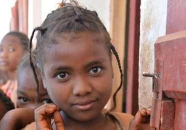 Rc bambini 8 370x260 Madagascar